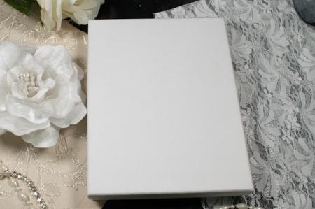 הזמנות לחתונה קופסאות b107-a שמנת סגור